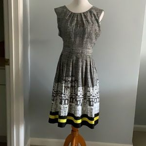 0080 - Black, white with yellow Ellen Tracy dress